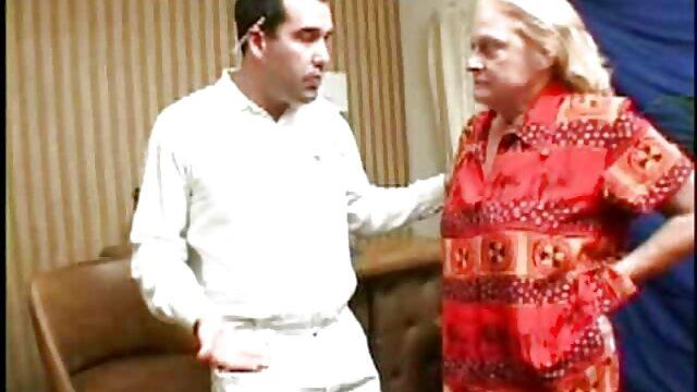 خانم مری رئیس فیلم سوپر کم حجم خارجی قدیمی خود جی کرو را لوس می کند